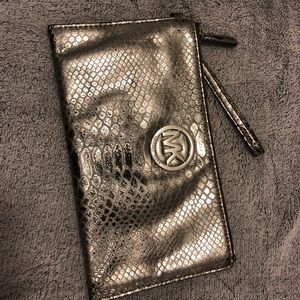Authentic Michael Kors Clutch in silver